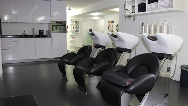 Image In-Stage Coiffeur Nail & Beauty
