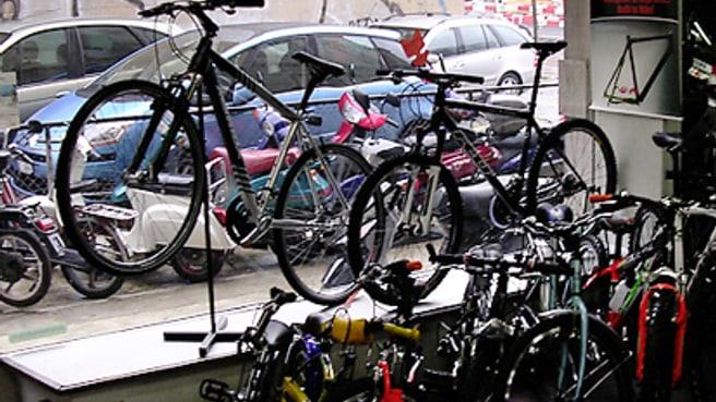 Immagine Aux cycles et motos de l'Ours Cantini